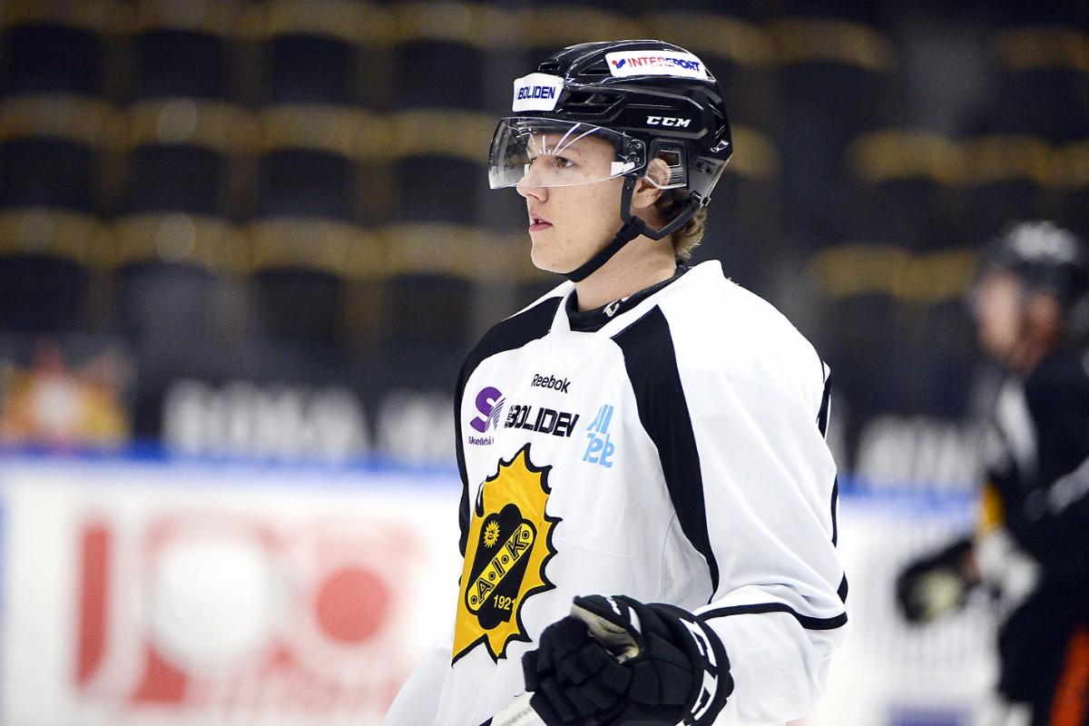 Förre AIK-junioren gör comeback i hockeyettan