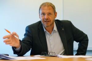"""Kronståhl (S) om vindkraften: """"Pinsamt att vi inte kan svara på folks frågor"""""""