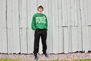 Malte, 20, från Katrineholm köper och säljer kläder – tjänar tusenlappar