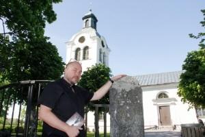 Breds kyrka gav inspiration till Håkans roman