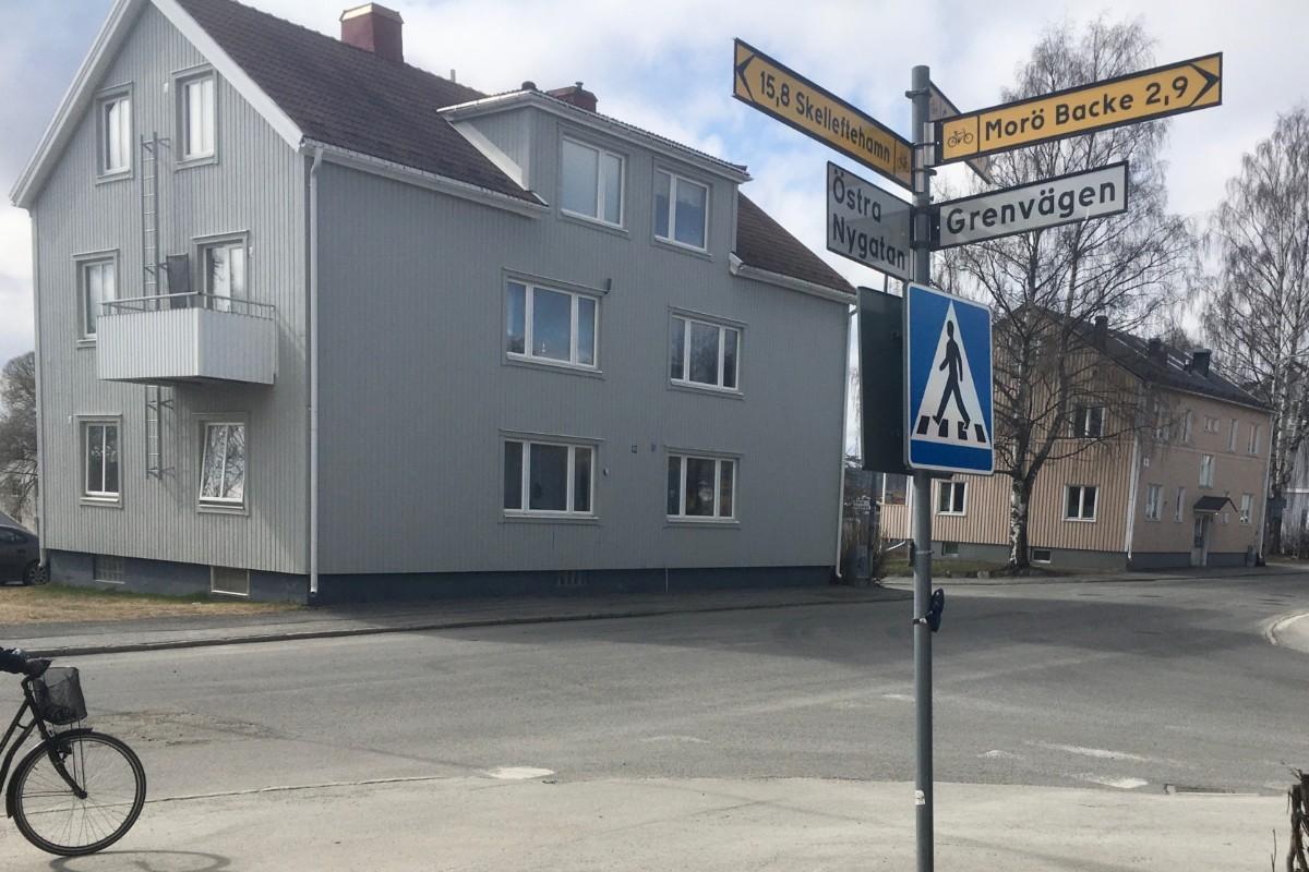 Anna strm, 44 r i Ursviken p Fyrvaktargatan 14 - unam.net