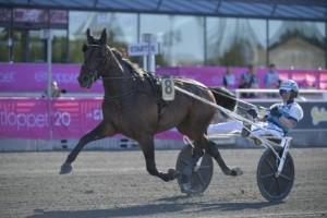 Örsundsbrohäst vann Elitloppet 2020