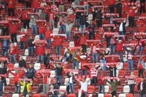 Fotbollsfansen tillbaka i Ungern