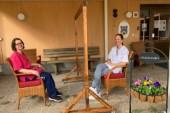 Besöksskärm på äldreboenden möjliggör besök