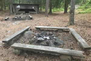 Ortsbor swishar efter förstörelse vid Stigsjölägret