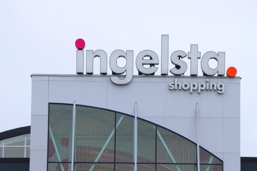 ingelsta shopping öppettider