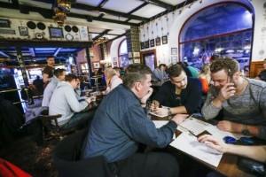 """Quizen räddar pubarna under krisen: """"En livlina"""""""