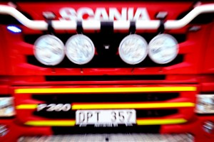 Personbil totalförstördes i brand