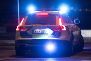 Polis ingrep mot stökig fest – en gripen för misshandel