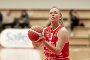 Ellinor Holmberg förlänger sitt kontrakt