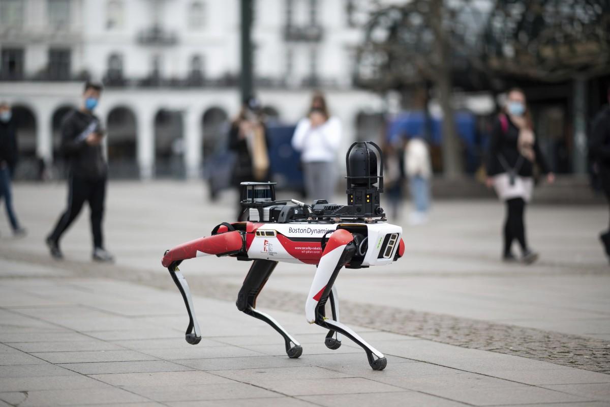 Googles ägare satsar på robotmjukvara