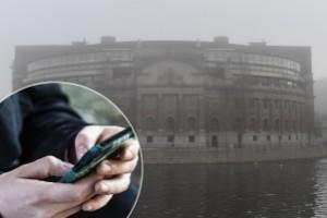 Skickade nakenbilder till riksdagsledamot – kvinna från Flens kommun åtalas
