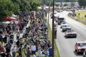 Tusen samlades för inställd bilträff i Rättvik