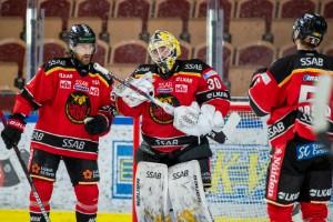 Officiellt: Målvakten lämnar Luleå Hockey