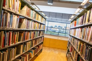 Bäst att vänta med att öppna biblioteken