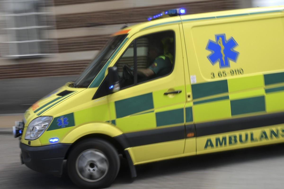 Ettåring föll från tredje våningen