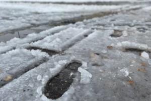 Mängder med snö blev vattenkaos • SMHI varnar i Luleå