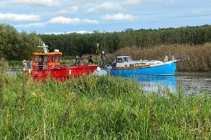 Vilket sjödrama – fast i Enköpingsån