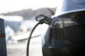 Usla laddmöjligheter sänker elbilsförsäljning