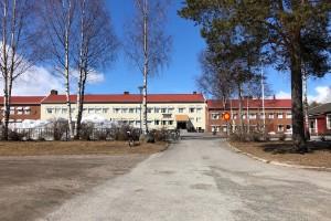 Kraftig smittspridning – skolan fortsatt stängd • Nystedt befarar rekordsmitta