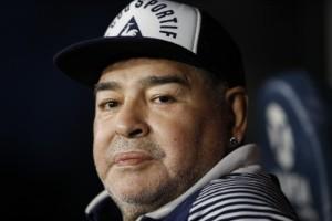 Diego Maradona är död