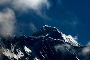 Två klättrare har omkommit på Mount Everest