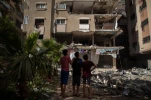 Israel: Fortsätter med full styrka