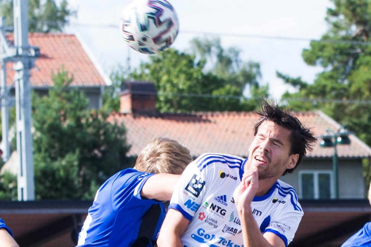 """Oskarsson trivs i sin nya roll: """"Två assist är bra"""""""