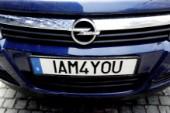 Fler söker en personlig bilskylt i år