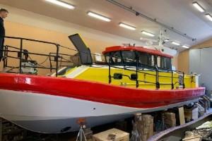 Nya räddningsbåten sjösatt och på väg till Visby