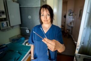 Läkare: Barn kan uppleva coronatestet som ett övergrepp