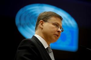 Kräver öppenhet om EU:s coronamiljarder