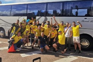 """Eskilstunagänget tog bussen till Sankt Petersburg för att se Sverige – Slovakien: """"Får vara kreativ"""""""
