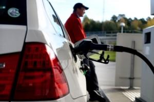 Priset vid pumparna närmar sig det ohållbara