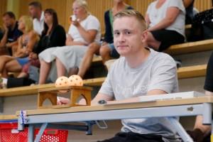 """22-årige Axel har fått en unik utmaning i idrottsförening • """"Första gången klubben satsar på detta."""""""