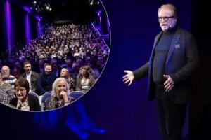 """Rörd Fredrik Lindström tog emot publikens kärlek på hemmaplan: """"Nu får ni skärpa er"""""""