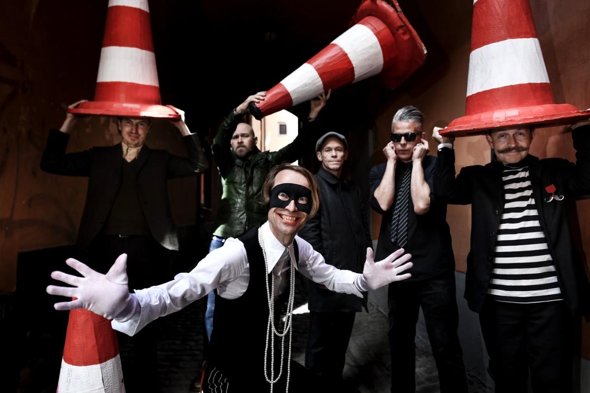 Bob Hund ger digital konsert från Helsingborg