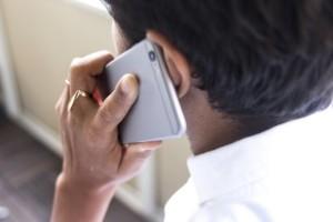 Kvinna häktad efter 471 telefonsamtal