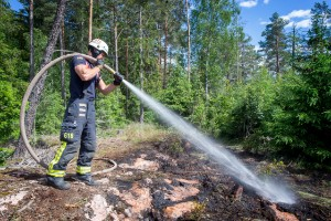 """Skogsbrand i Nyköping : """"Ingen aning om hur det utlöstes"""""""