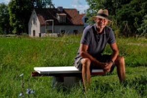 Känd författare spårlöst försvunnen i Kymlinge