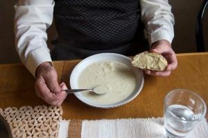 Maten till äldre i behov av hjälp – viktig fråga!