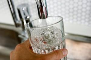 Rimligt att spola toaletter med rent dricksvatten?