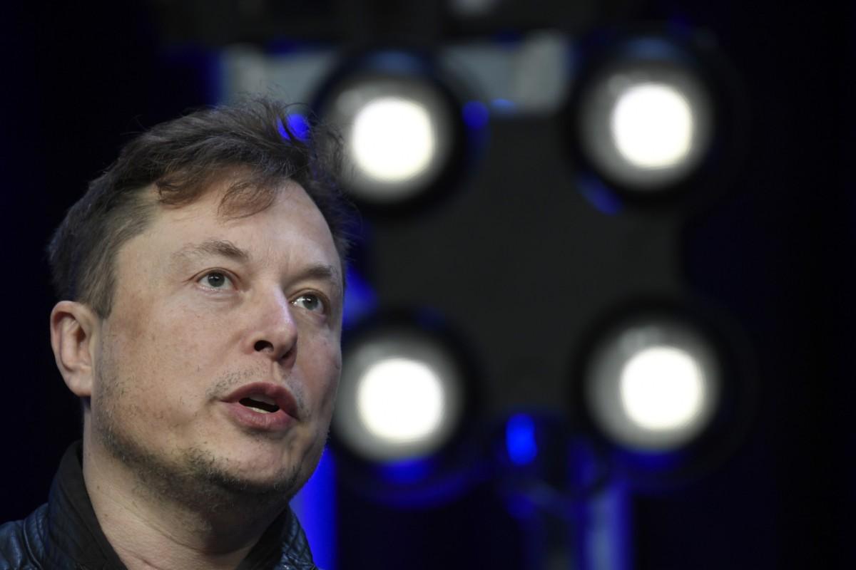 Elon Musk klättar på pengalista