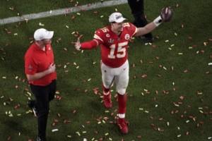 NFL-stjärna skrev på historiskt kontrakt