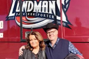 """Fredrik Lundmans föräldrar ett stort stöd i """"Idol"""" – alltid på plats i tv-studion: """"Man har väntat på det här egentligen"""""""