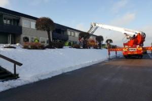 Äldre kvinna till sjukhus efter brand i Gamleby