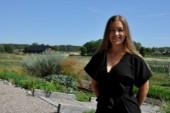 22-åriga Olivia coachar chefer i ledarskap
