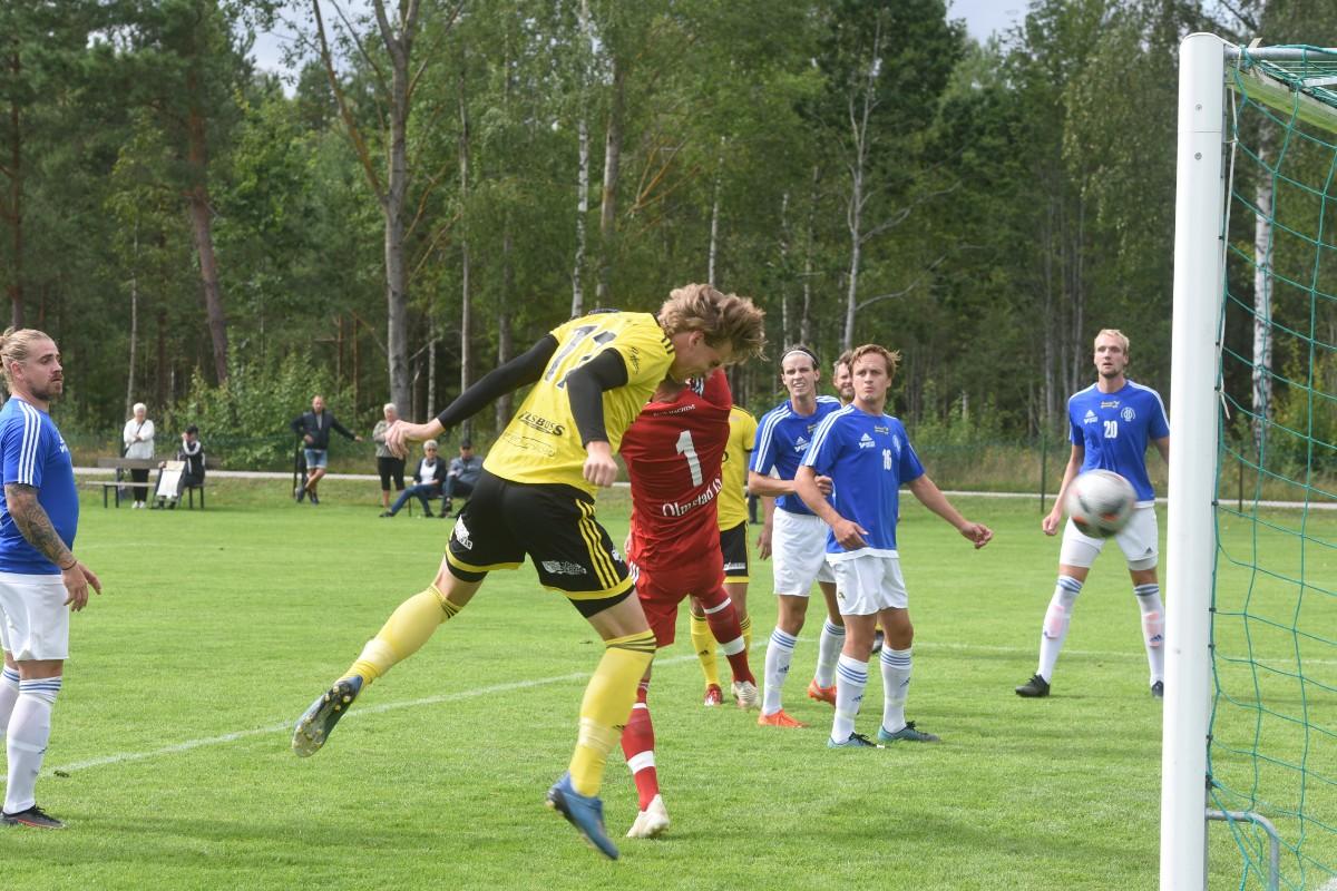 Skrällen: Ex-allsvensk spelare klar för division 4-lag