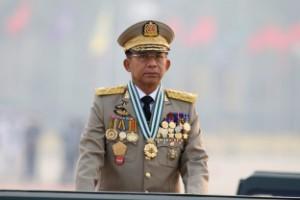 Militären genomsyrar allt i Myanmar