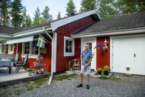 """Deras hus ligger i vägen för Norrbotniabanan: """"Svårt att planera framtiden"""""""